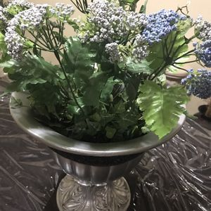 """Available 1 Silver 14""""Ceramic Floral Pot Indoor Outdoor Pick Up Gaithersburg Md20877 for Sale in Gaithersburg, MD"""