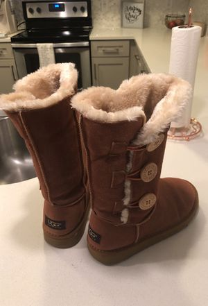 UGG Boots HAVE NEVER BEEN WORN size 7 for Sale in Nashville, TN