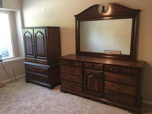 Complete Queen Bedroom Set! for Sale in Tulsa, OK