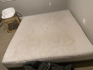 King bed for Sale in Portland, OR