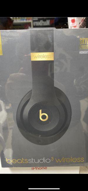 Beats studio 3 wireless soundproof for Sale in Etiwanda, CA