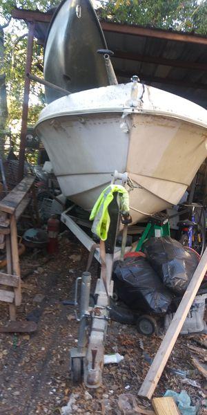 Boat 21' feet. Address 235 koehler ct. 78223 for Sale in San Antonio, TX