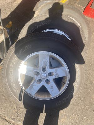 Jeep Wrangler wheels set of 5 for Sale in New Britain, CT