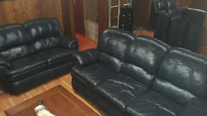 Leather couch and love seat for Sale in Maple Valley, WA