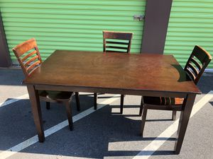 Kitchen Table (3-Chairs) for Sale in Charlotte, NC