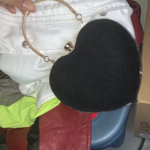 Heart shaped clutch for Sale in Baltimore, MD