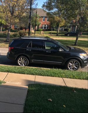 Ford Explorer limited 4wd for Sale in St. Louis, MO