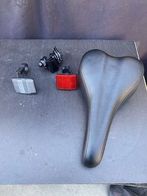 Bike Seat with accessories for Sale in Los Angeles, CA