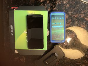New Motorola G6 with 2 new cases and phone clip for Sale in Moline, IL