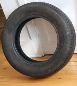 Toyota Carolla Tire 195/65 r15/119 for Sale in East Gull Lake,  MN