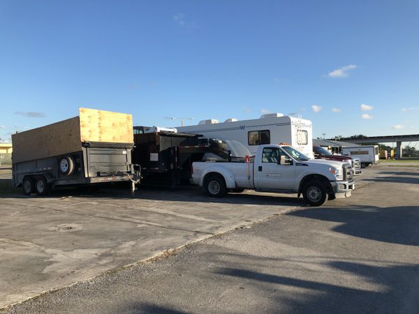 Rv & Trailer Parking