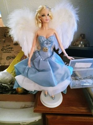Angle collector barbie for Sale in Phoenix, AZ