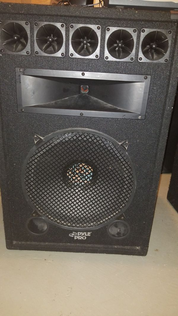 2 large speakers and mini sound board