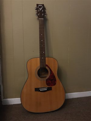 Yamaha F325 Acoustic Guitar for Sale in Annapolis Junction, MD