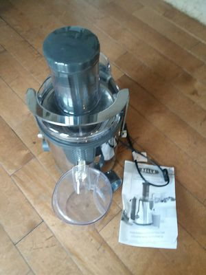 Bella High Powered Juice Extractor for Sale in Saint Joseph, MO