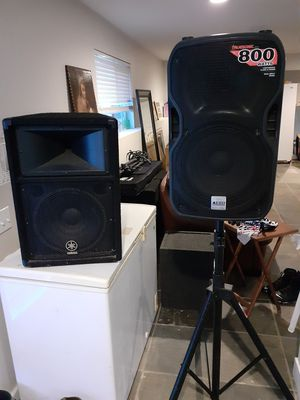 "Yamaha S112V 12"" PA Speaker and Trusonic TS112A 800 Watt 2 way PA speaker with stand for Sale in Post Falls, ID"