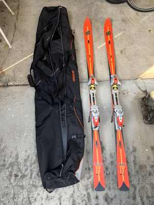 Snow ski pair for men with carrying bag. for Sale in Hialeah, FL