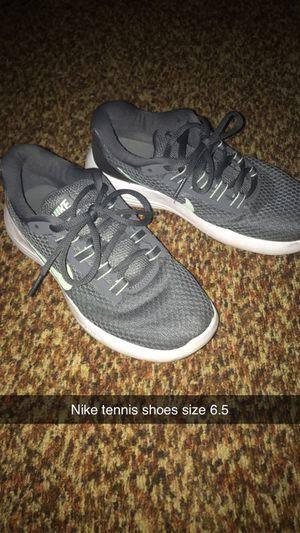 Nike shoes size 6.5 for Sale in Four Oaks, NC