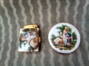 VINTAGE LIMOGES POWDER MIRROR AND LIGHTER SET for Sale in FALLING WTRS, WV