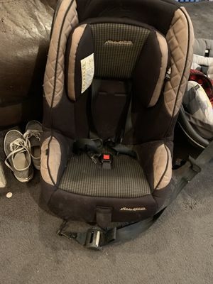 Eddie Bauer car seat for Sale in Ellwood City, PA