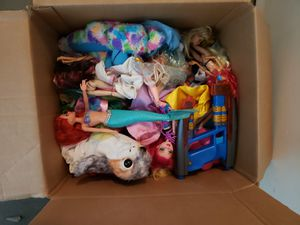 Box of girls toys! for Sale in Austin, TX