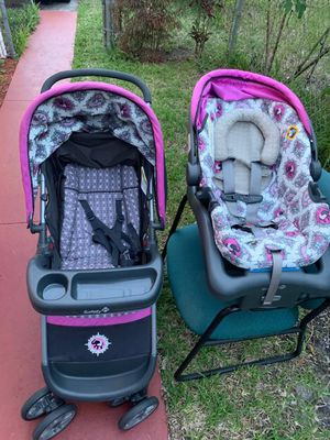 Baby stroller and car seat great condition very clean for Sale in Pompano Beach, FL