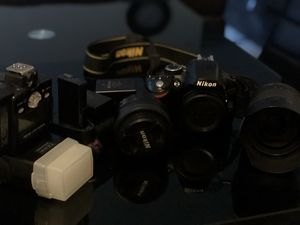 Nikon d320 used and in perfect condition with 3 lenses for Sale in Milford Mill, MD