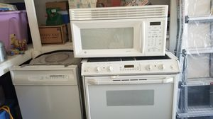 Appliances- Oven, Microwave, Dishwasher (will sell as set or separately) (OBO) for Sale in Columbus, OH