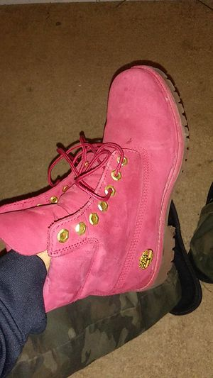 Timberland size 7.5. $100 for Sale in Kansas City, KS