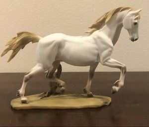 White Horse Wildlife Resin Art Deco Sculpture for Sale in Seattle, WA