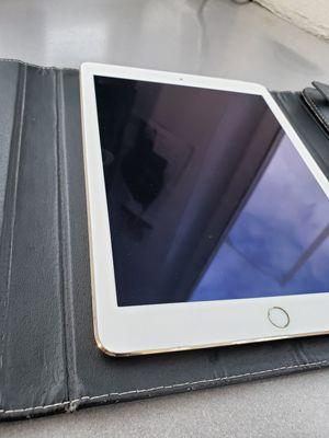 iPad air 2 Gold, wifi + cellular, 16Gb. the last iPad air 2! for Sale in Homestead, FL