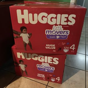 Huggies Little Movers diapers - size 4 - 124 ct box for Sale in Dallas, TX