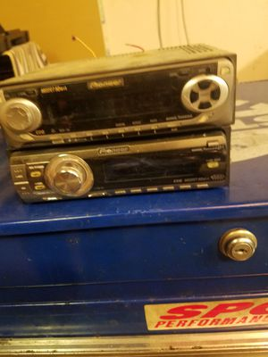 Pioneer radio and CD player for Sale in Moreno Valley, CA