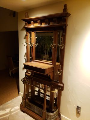 Solid oak coat rack with mirrors for Sale in El Sobrante, CA