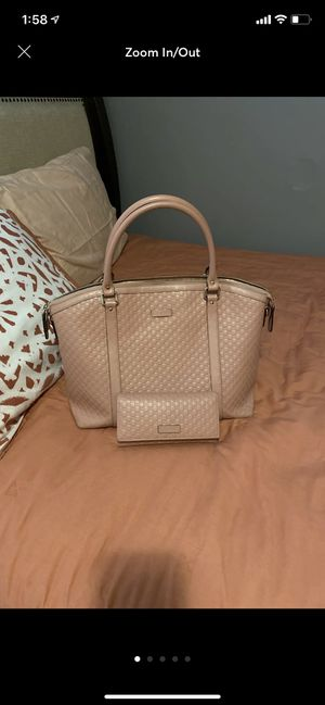 Authentic Gucci purse with matching wallet for Sale in Chicago, IL