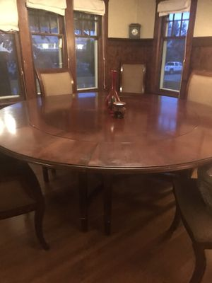 round table with 6 chairs for Sale in Tacoma, WA