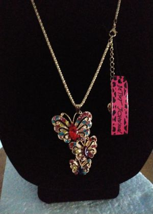 Betsey Johnson Crystal butterflies necklace. Brand new for Sale in Panama City Beach, FL