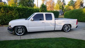 NO TRADES - CASH ONLY ★ 2001 CHEVY SILVERADO (Extended Cab 4-Door 2wd) 22's 6/8 djm drop ★ EXCELLENT CONDITION for Sale in SeaTac, WA