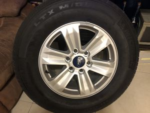 4 wheels and tires Ford F150, use 30.000 milles in great condition 245 70 R17 -Neumáticos con Rines original de Ford F150 Marca Michelin solo uso 30 for Sale in Miramar, FL