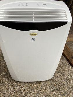 12,000 BTU Portable Air Conditioner for Sale in Redmond,  WA
