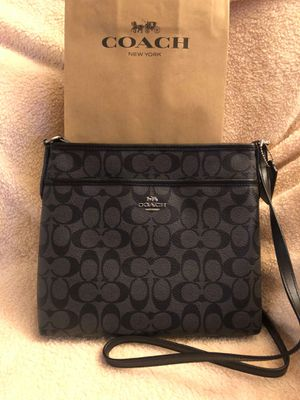 Coach black crossbody for Sale in Huntington Beach, CA