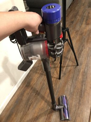 Dyson cordless for Sale in Fresno, CA