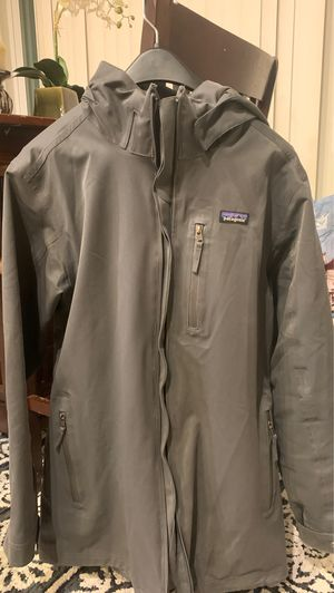 Patagonia tall m men for Sale in Bend, OR