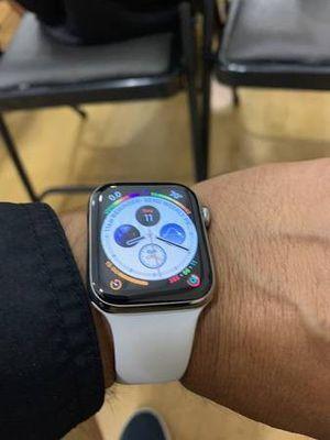 Apple watch series 4 for Sale in Atlanta, GA