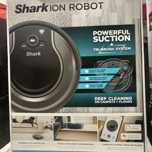 Shark Robot Vacuums for Sale in Peoria, IL