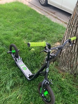 Mongoose scooter for Sale in Chicago, IL
