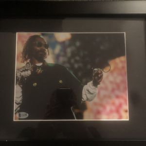 SNOOP DOGG AUTOGRAPHED 8 X 10 PHOTO for Sale in Camp Hill, PA