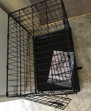 Small dog or puppy crate for Sale in Greeneville, TN