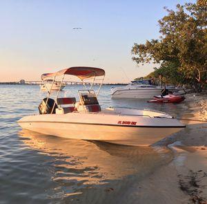 1995 MFM 19 Foot Center Console Boat 200HP Mercury for Sale in Miami, FL