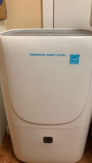 2019 Emerson Quit Kool Dehumidifier ** Needs WORK for Sale in Silver Spring, MD